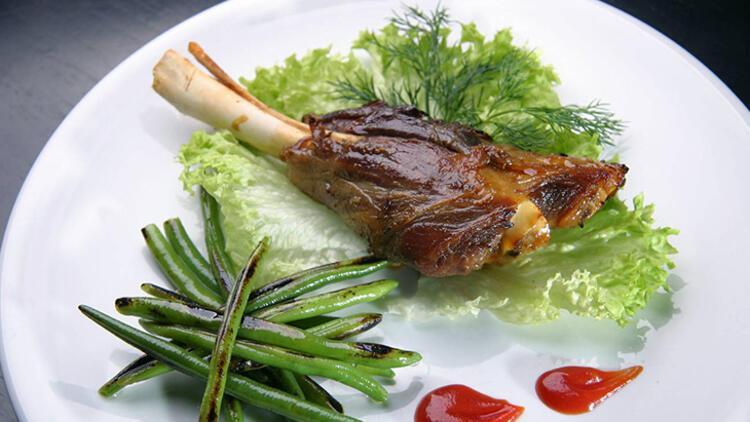 9-Yemeğinizin yanına bol sebze ekleyin