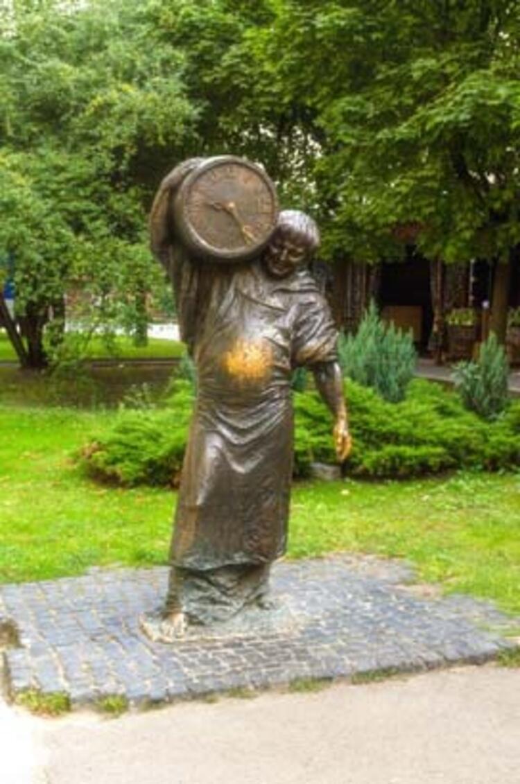 8- Ivan Franko Parkı