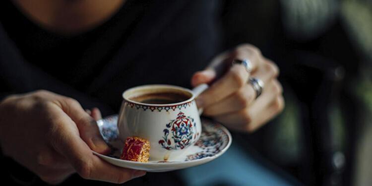 Kahveyi 2 fincanla sınırlayın