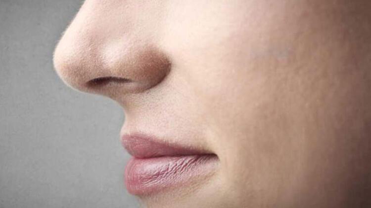 Burun estetiği ameliyatı olan kişinin psikolojisi etkilenir mi