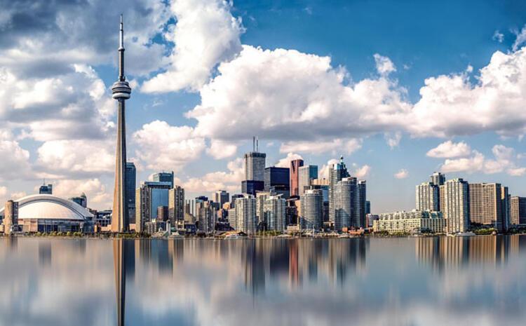 23. Toronto, Kanada