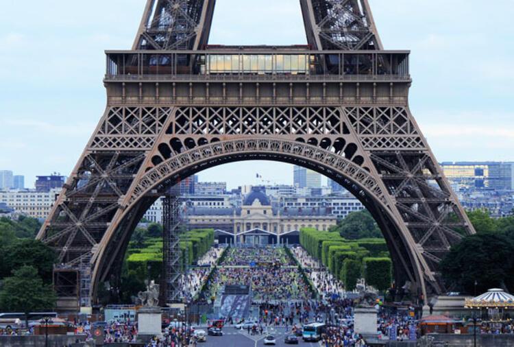 42. Paris