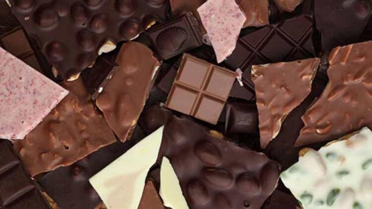 Çikolata besleyici bir içeriğe sahip