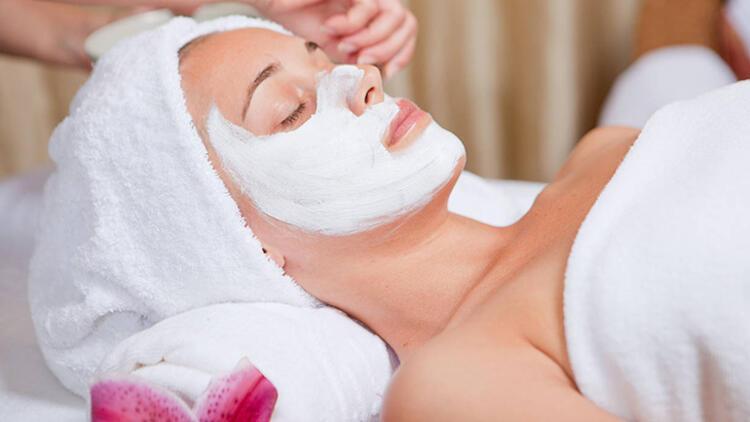 7-Cilde uygun olmayan kozmetik işlemler yaptırmak