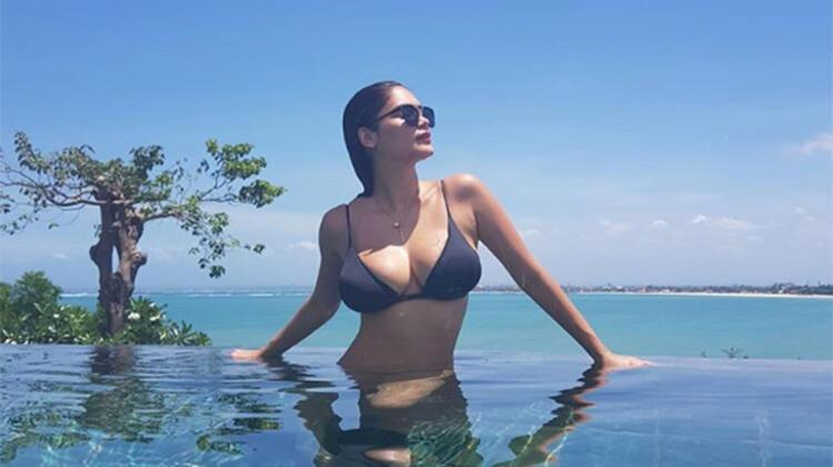 11: Sonsuzluk havuzunun kıyısında hafifçe arkanıza yaslanın. Bir klasik