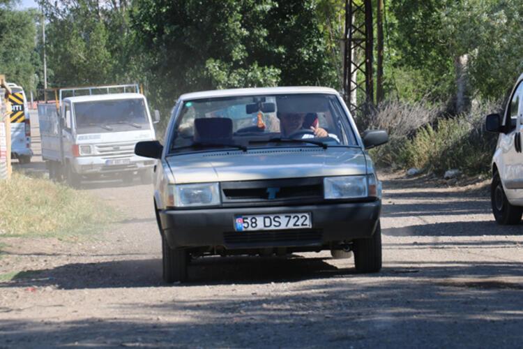 Otomobil Sivas il sınırından çıkmadı