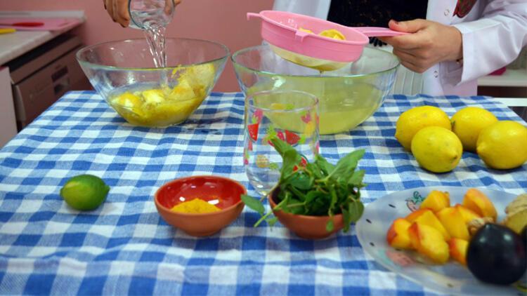 Limonatanın koyu renkli olmasını istiyorsanız...