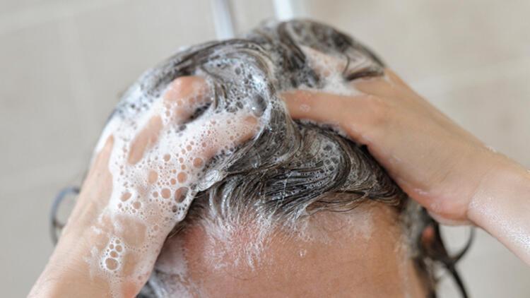 5-Saç derisini tırnaklarla ovmak