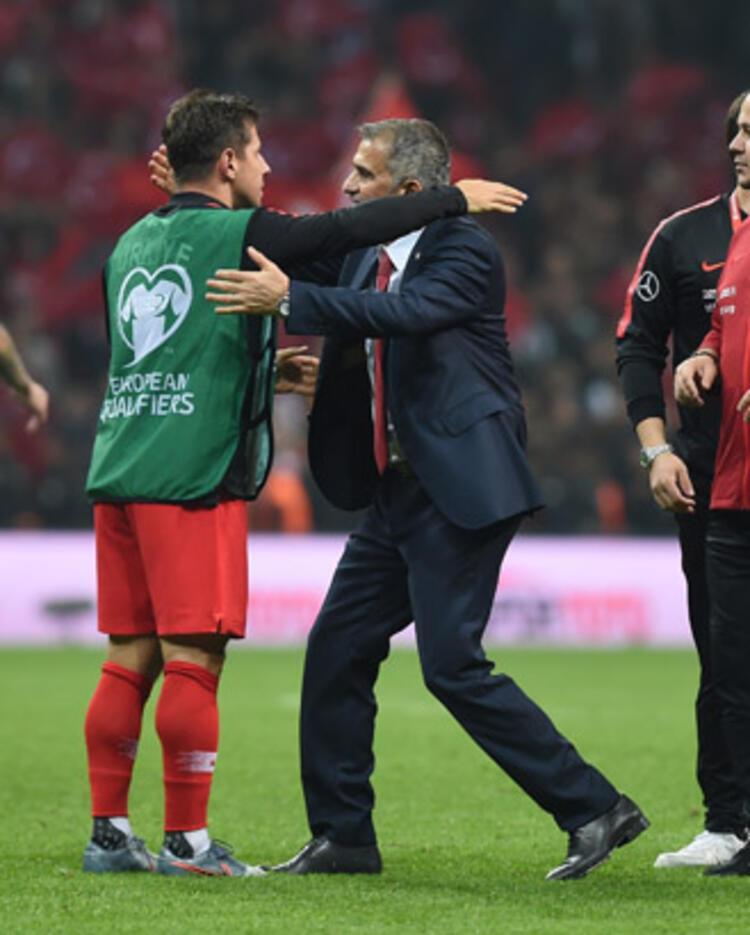 Emre Belözoğlu, bir futbol duayeni