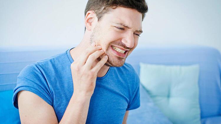 Diş eti enfeksiyonu direkt iktidarsızlığa sebep olur mu