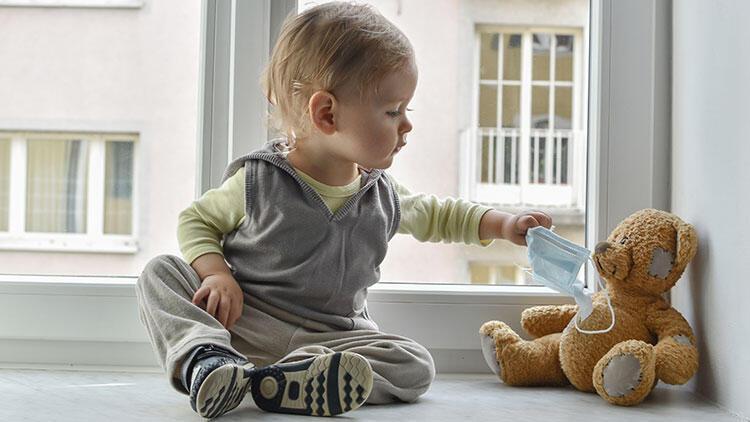 Çocukların bakımını bu dönemde anneanne, babaanne ve kronik hastalığı olanlar yapmasın