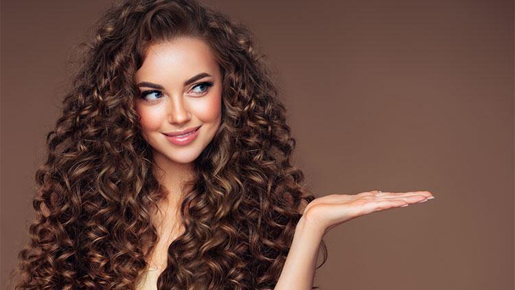 İşte kırık saç uçları için doğal çözümler