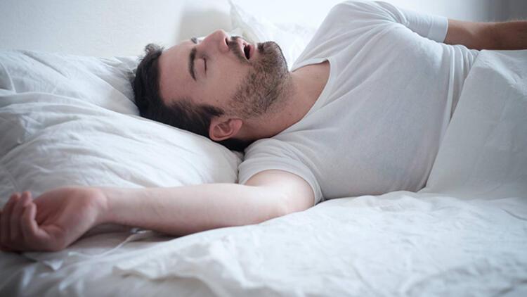 Uyku apnesi belirtileri nelerdir