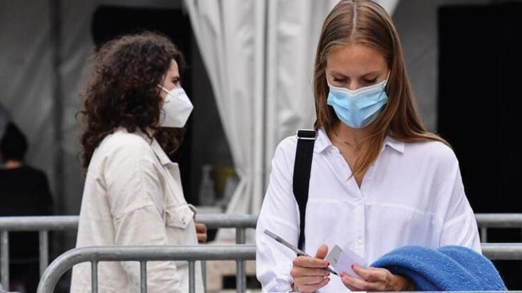 Fransada son 24 saatte 8 bin 51 Kovid-19 vakası tespit edildi