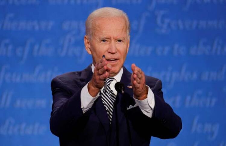 Trump ve Biden arasında miting atışması