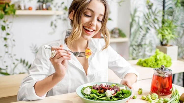 Mutluluk hormonu üretmenize yardımcı olacak yiyecekler yiyin