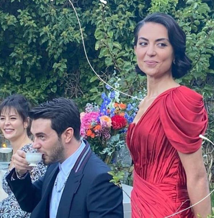 İsmail Ege Şaşmaz ile Hande Ünal nişanlandı - Magazin Haberleri - Milliyet