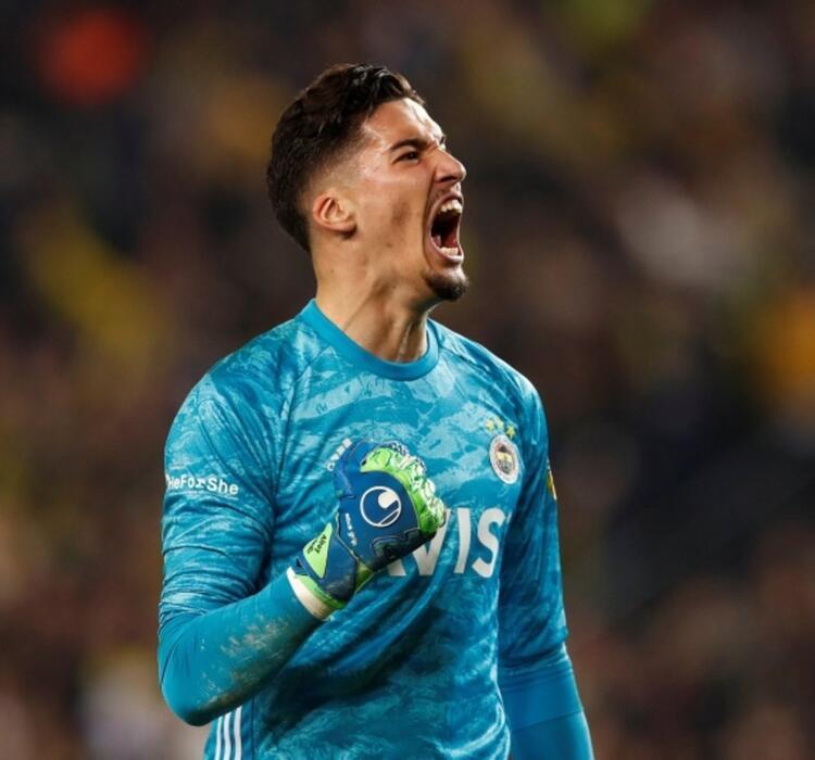 8. Altay Bayındır (Fenerbahçe) 8 Milyon €
