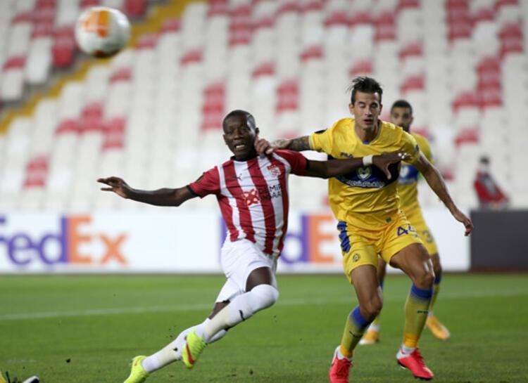 Maccabi Tel-Avivde 3 değişiklik