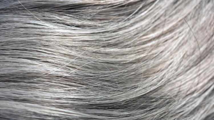 Erken yaşta görülen saç beyazlamasını önlemenin yolları
