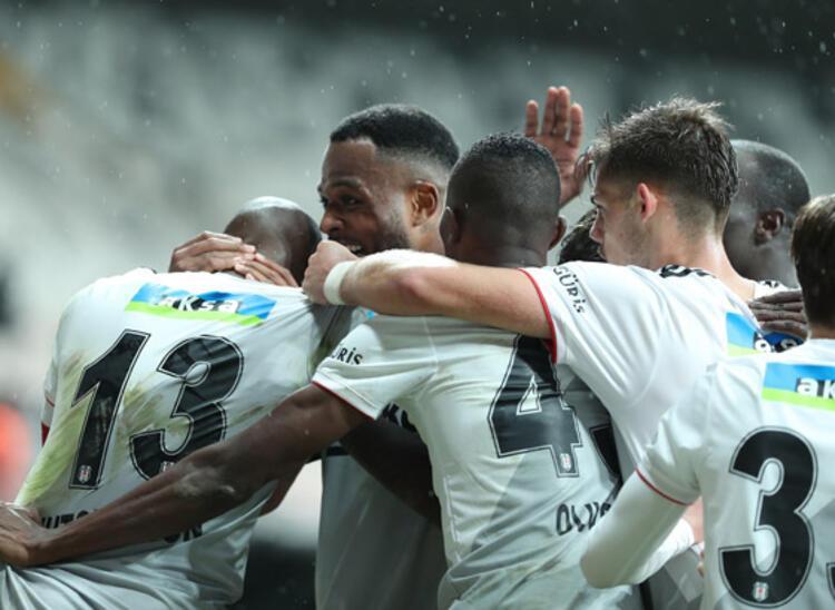 Medipol Başakşehirin 4 maçlık galibiyet serisi sonlandı
