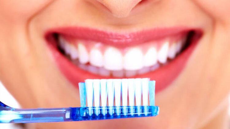 İşte bunu bakteri ve virüsleri diş fırçamızla bulaştırmamanın birkaç yolu...