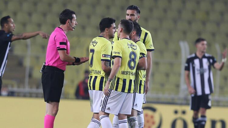 Fenerbahçe savunmasında kimseler yok