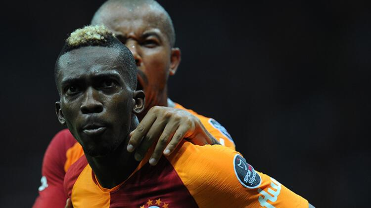 İstanbulda bir iki kulüp de onunla ilgileniyor