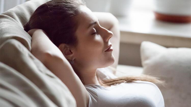 9.4-7-8 derin nefes alma yöntemini uygulayın