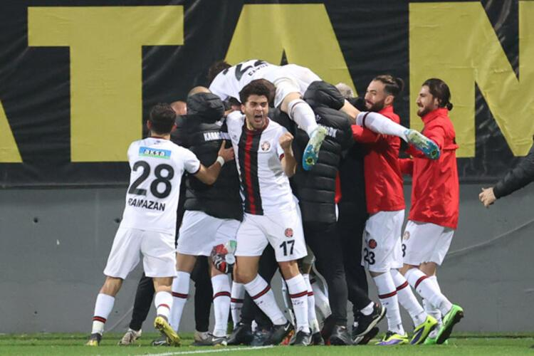 Süper Lig'deki ilk sezonuna iddialı başladı