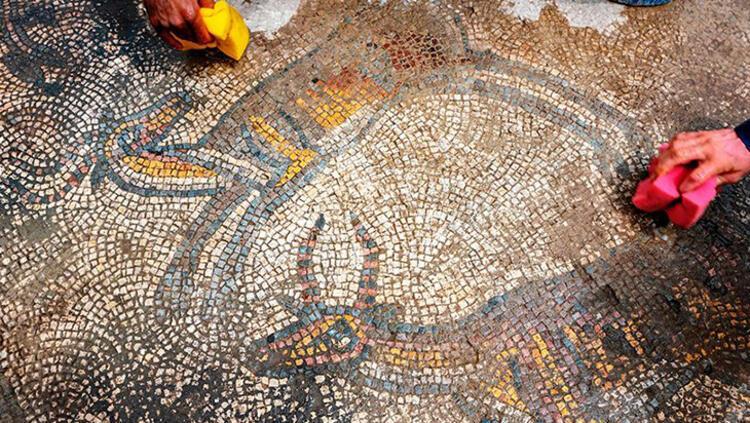 Mardin'de 386 yılına ait mozaikli kilise