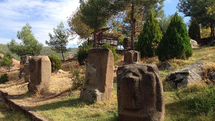 Yesemek Heykel Atölyesi'nde bilinmeyen bir antik kent