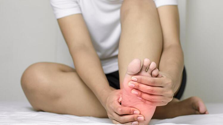 2) Ayak parmaklarınızı gerin