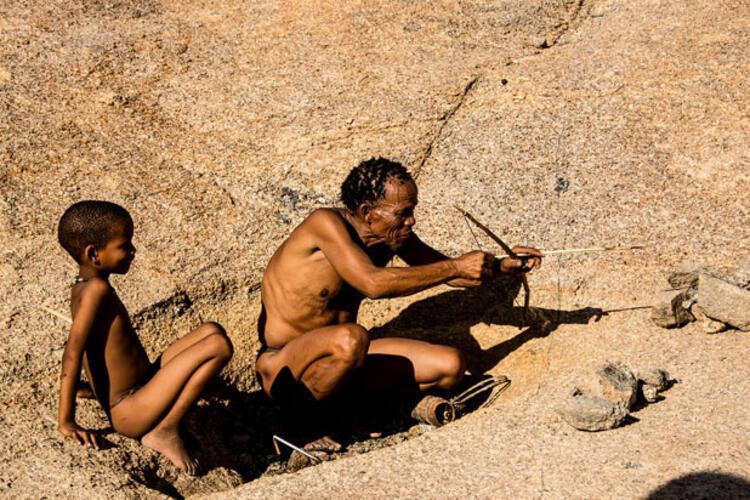 Tükürerek selamlaşan kabile
