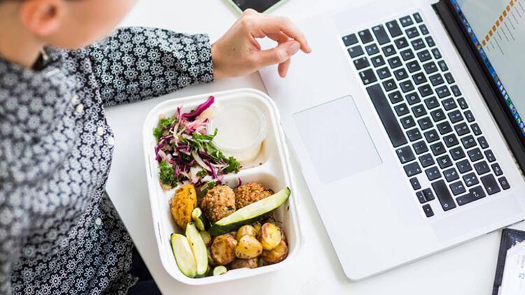 5-Yemeklerinizi yavaş yavaş yiyin