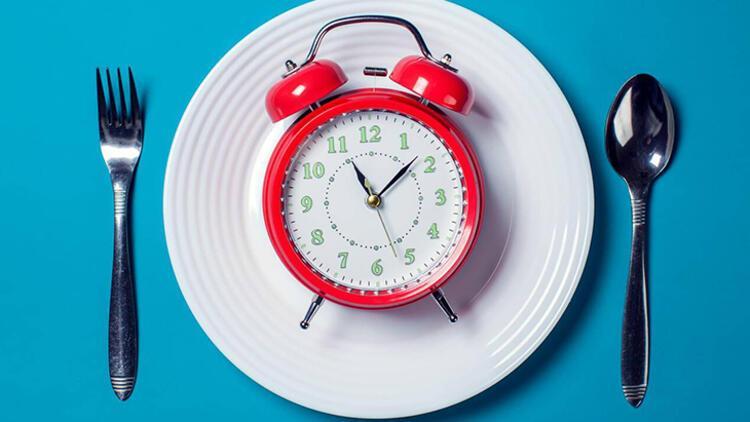 8-Hep aynı saatte yiyin