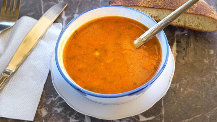 10-Öğünlerinize çorba ekleyin