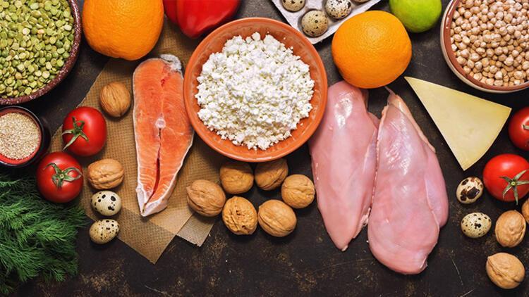 Hiçbir yiyecek veya diyet takviyesi Kovid-19u önlemez