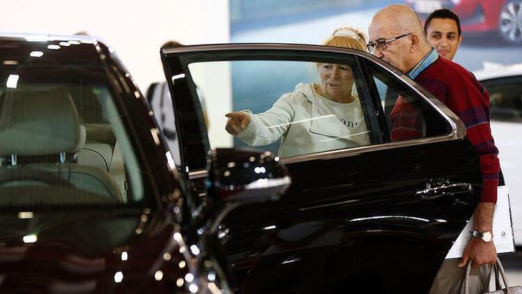 Passat, Clio ve Focus zirvenin üçlüsü oldu