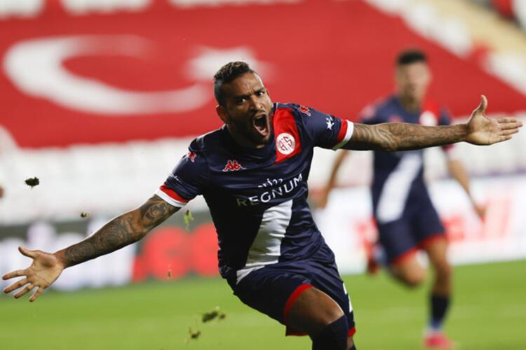 Antalyasporda tek değişiklik