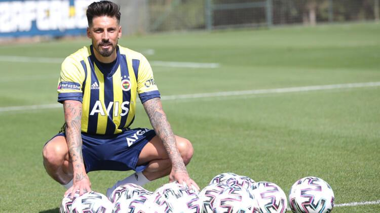 - Fenerbahçede ayrılıklar yaşanır mı