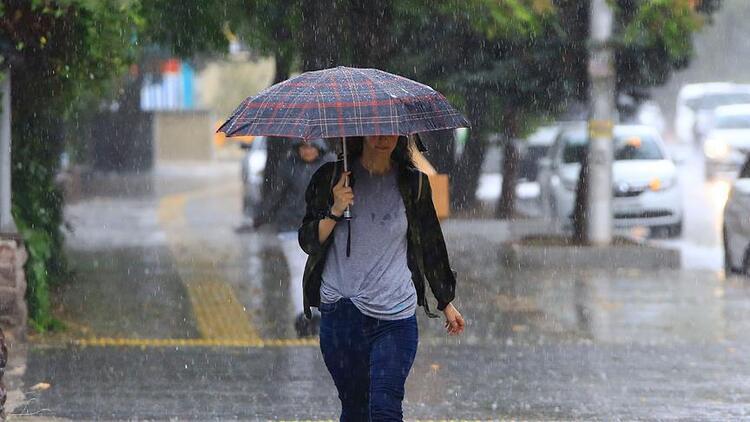 Bazı illerde beklenen hava durumuyla günün en yüksek sıcaklıkları ise şöyle: