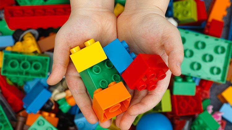 Küçük parçalı oyuncaklara dikkat