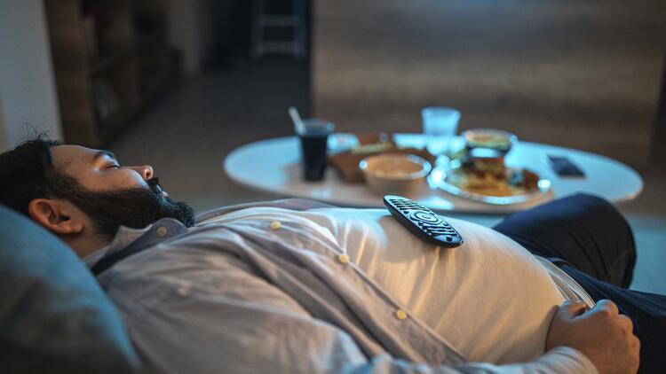 Yemekten hemen sonra uyumayın