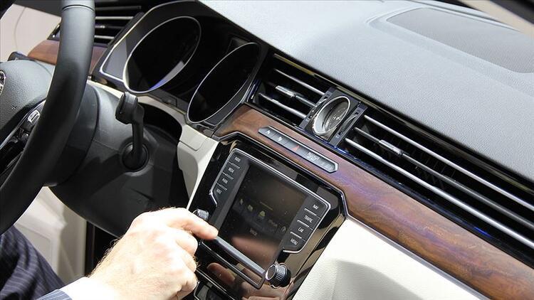 İlk 4 ayda 260 bin 148 otomobil ve hafif ticari araç satıldı