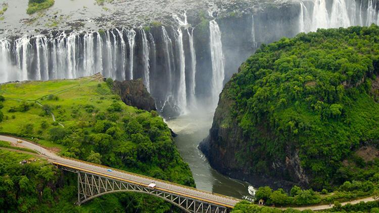 Victoria Şelaleleri, Zimbabve-Zambiya
