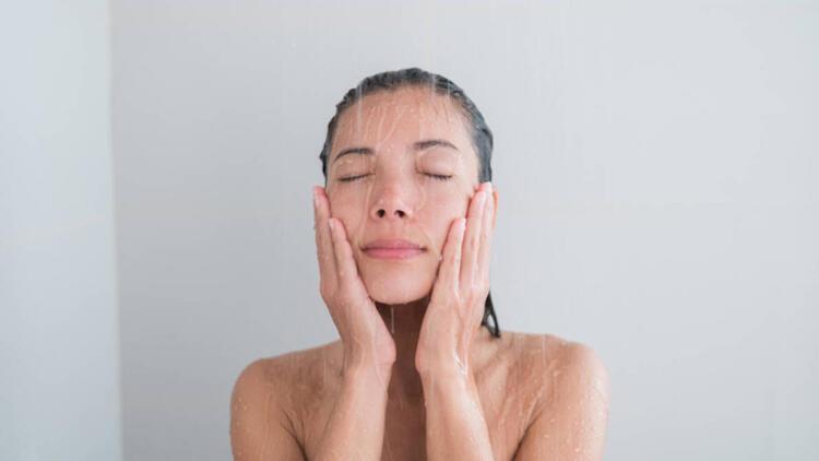Saçlara hacim kazandıran doğal ve hazırlaması kolay 10 maske tarifi