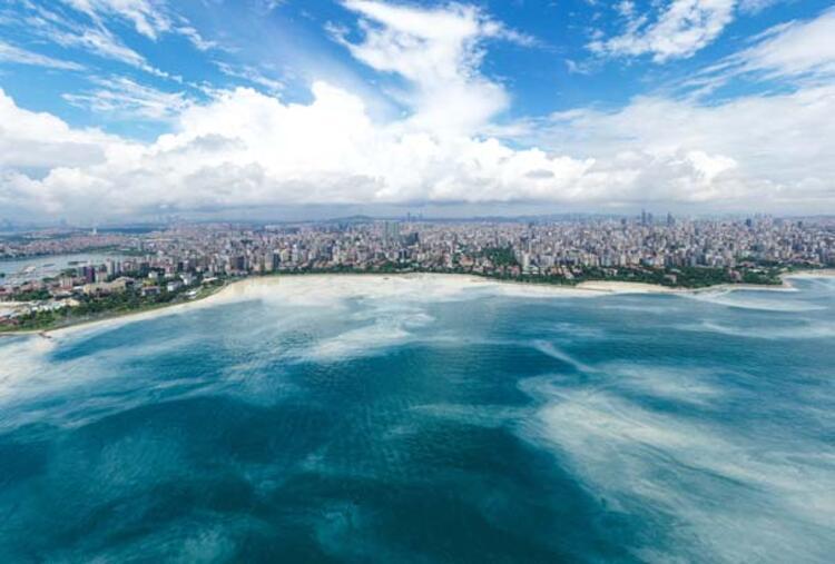 Caddebostan Sahili'nde müsilaj yoğunluğu arttı 1 – 60c8aae355428101f02f49be