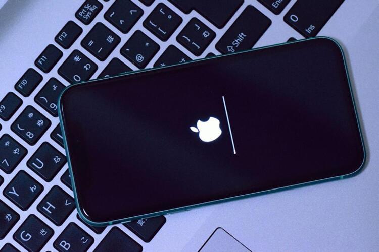 iPHONE 13 BİZLERİ ŞAŞIRTABİLİR