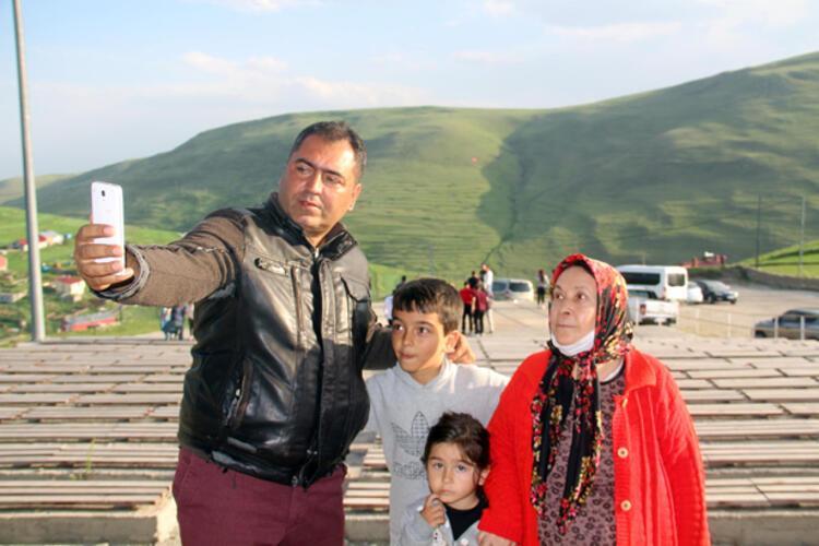 Atatürk'ün silüeti doğal mucize Karadağ sırtlarında!